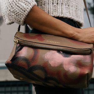 Toujours adopter du sac à main en cuir